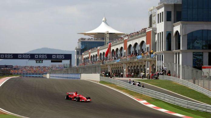 Barrichello, en el Gran Premio de Turquía de 2005.