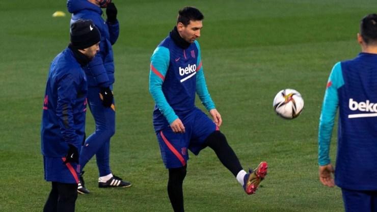 Supercopa de España: Messi no acude a la sesión de activación por unas  molestias | Marca