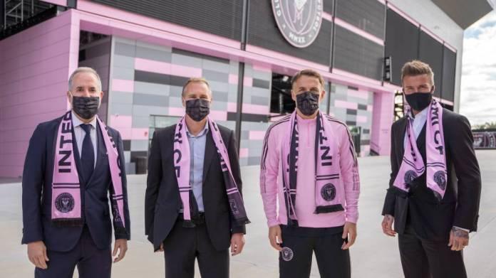 Phil Neville arrin në Inter Miami