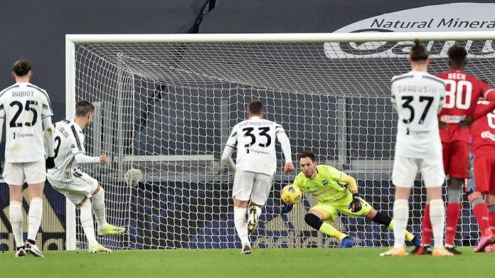 Juventusi mposht SPAL