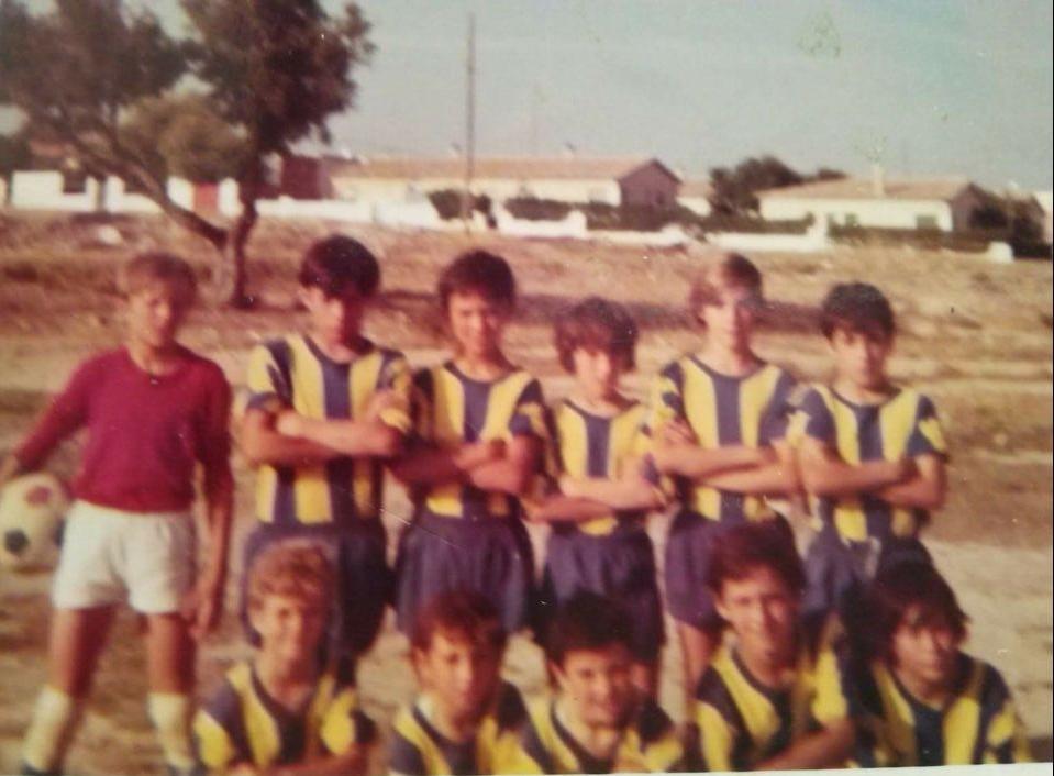 Luisito, Romero, Javi -JIM's deceased brother- Juan Carlos, Bernal, Ramón AGACHADOS: Ferri, Ródenas, Juan Ignacio, Bordalás and Agustín