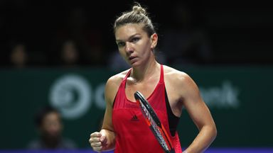Simona Halep made a winning start to the WTA Finals