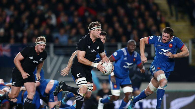Luke Whitelock on the charge for New Zealand