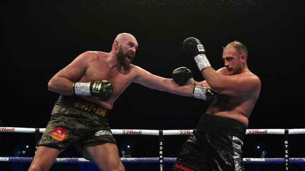 Tyson Fury has no US boxing licence ahead of Deontay Wilder fight     Fury beat Pianeta over 10 rounds this month