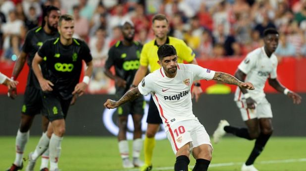 Ever Banega scored from the penalty spot to give Sevilla the victory
