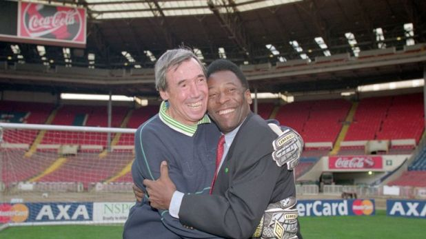 Banks and Pele during a promotion at Wembley in 2000