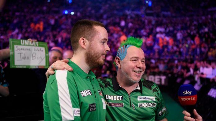 Peter Wright schlug Steve Lennon vor rauem Dubliner Publikum