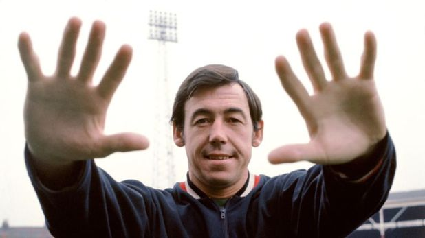 Former Stoke City and England goalkeeper Gordon Banks has died aged 81