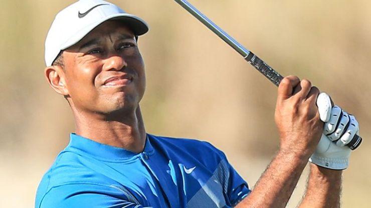 Tiger Woods disparó un par 67 bajo cinco en la tercera ronda