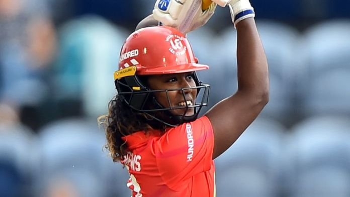Hayley Matthews continued her sparkling form; making 21 and boasting figures of 3-23 from 20 balls