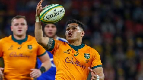 Noah Lolesio kicked the winning points for Australia against France
