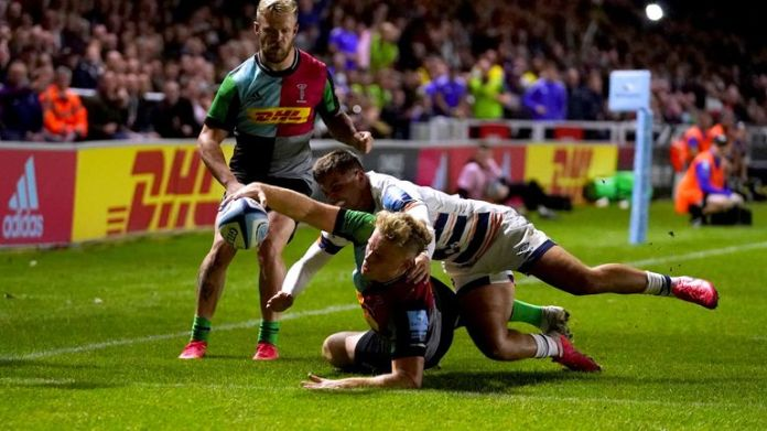 Louis Lynagh scores for Quins