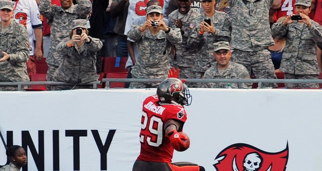 NFL: Three in a row for Tampa Bay Buccaneers in win over ...