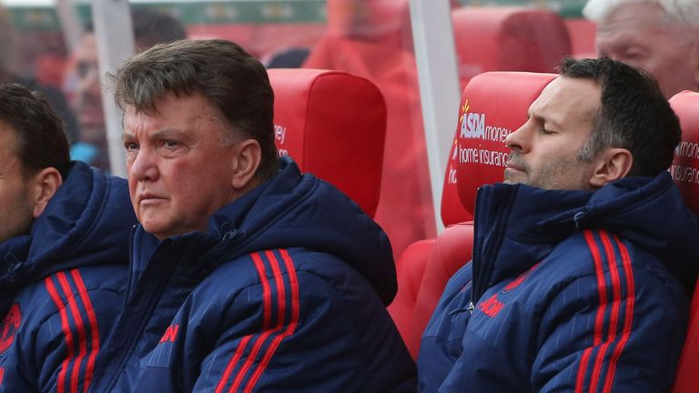 Are United lining up Giggs to replace Van Gaal in the Old Trafford hot-seat?