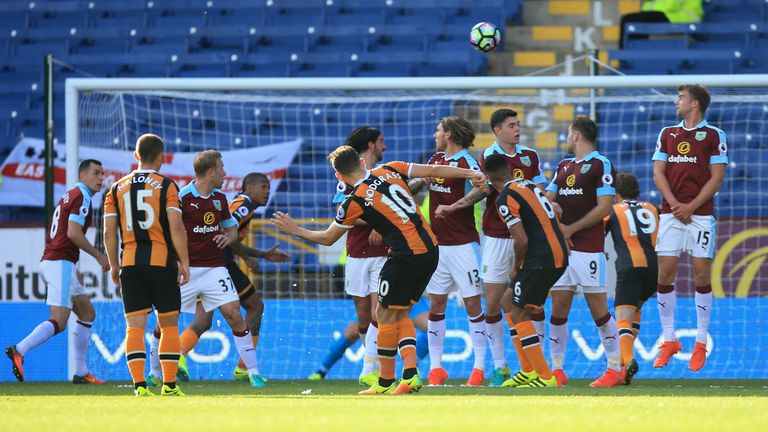 Robert Snodgrass equalises for Hull against Burnley in time added on