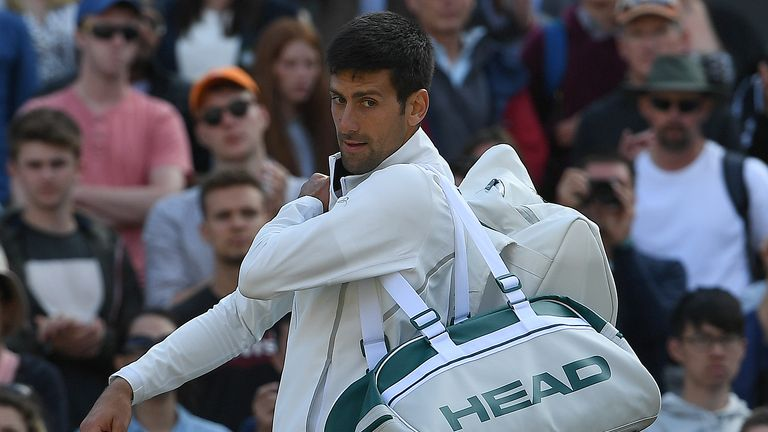 La retraite de Novak Djokovic contre Tomas Berdych marque une absence de six mois. le sport