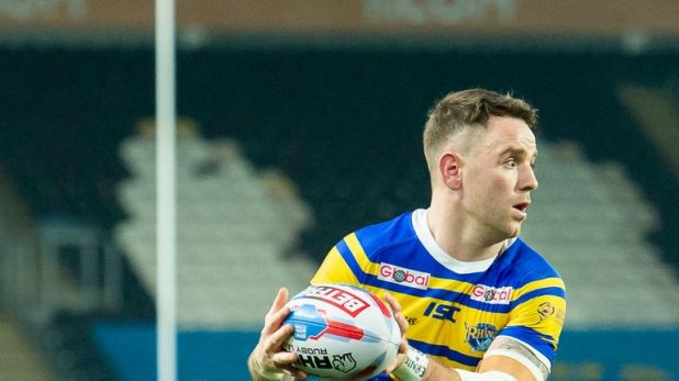 Richie Myler picked up on a Wakefield error to put the Rhinos back in front