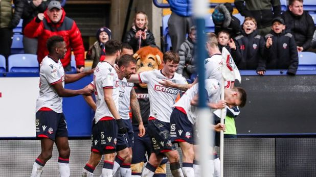 Bolton Wanderers' Gary O'Neil celebrates scoring his side's second goal