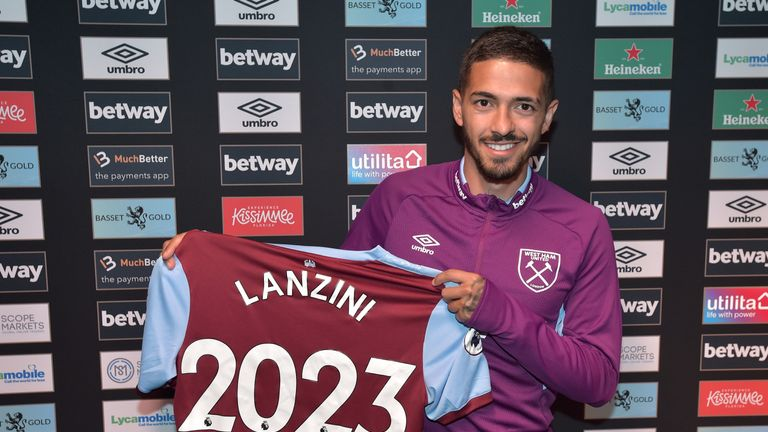 The Argentine's deal comes with the option of a two-year extension. Credit: West Ham United Football Club