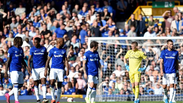 The inquest begins among the Everton players after conceding the opener against Sheffield United last weekend on their way to a 2-0 defeat
