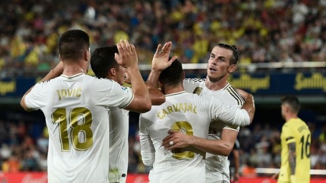 Gareth Bale scored twice to rescue a draw for his side