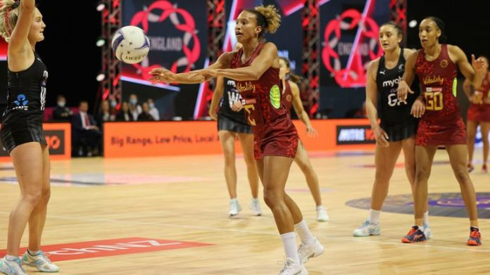 The Vitality Roses, led by Serena Guthrie, suffered a narrow defeat to world champions New Zealand in Monday's opener