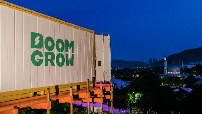 — BoomGrow has converted old containers to machine farms to grow