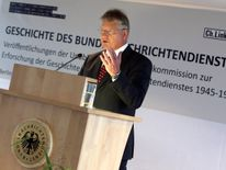 Bruno Kahl, President of the German Federal Intelligence Agency (BND), gives a speech during the presentation of book editions with historic results of the independent Commission of Historians about Germany's intelligence agency at the BND's headquarters in Berlin on October 6, 2016. An independent commission of historians presented the first four of 13 planned publications about the BND at the grounds of the German Federal Intelligence Service (BND). / AFP / POOL / FABRIZIO BENSCH (Photo credit