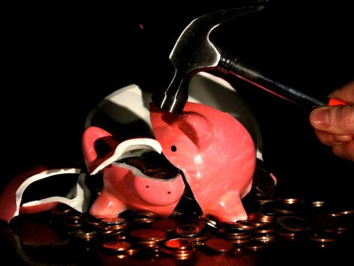 Smashed piggy bank city watchdog seeks cap on rent-to-own prices City watchdog seeks cap on rent-to-own prices 765d48733ed2ca43810bcda63882012f4daa4985f57fce21179c362dbc4700f0 3901709