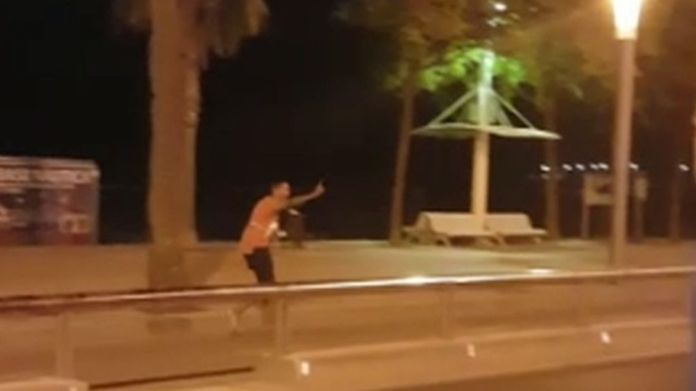 Video shows man wearing a vest before being shot by police Policeman shot dead four Cambrils terrorists Policeman shot dead four Cambrils terrorists 04f762d355cdddc5ea919e7a0727ab31fb96c9d1c49d564fec0ff5553a1c7b98 4076496