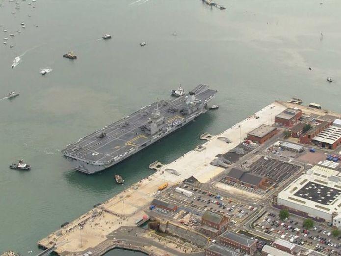 HMS Queen Elizabeth wird während ihrer 50-jährigen Lebenszeit in Portsmouth stationiert sein