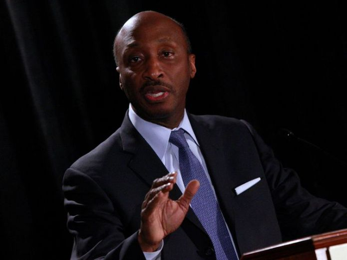 Kenneth Frazier quit the American Manufacturing Council on Monday over the response to the Charlottesville violence intel ceo brian krzanich latest to leave trump adviser group Intel CEO Brian Krzanich latest to leave Trump adviser group fdb97f5bdba7b0d724b930c06106c23a4d4536a2e5aba60dcde581093ebfc3b1 4073695