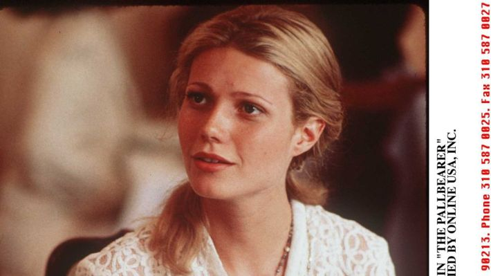 1996 GWYNETH PALTROW STARS IN 'THE PALLBEARER'