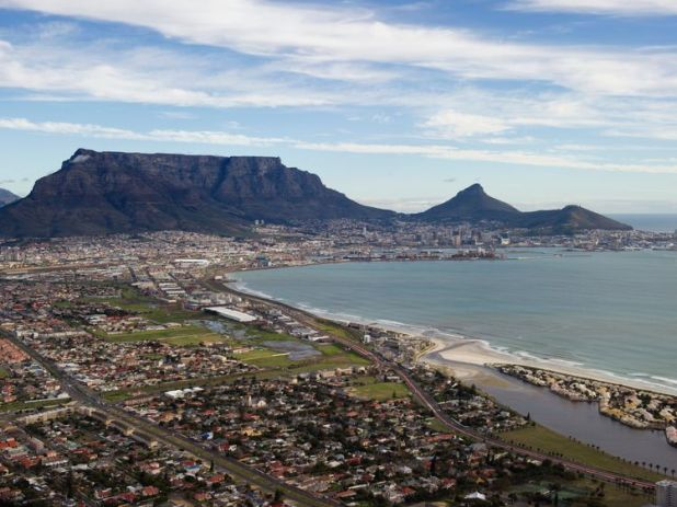 Table Mountain and central Cape Town