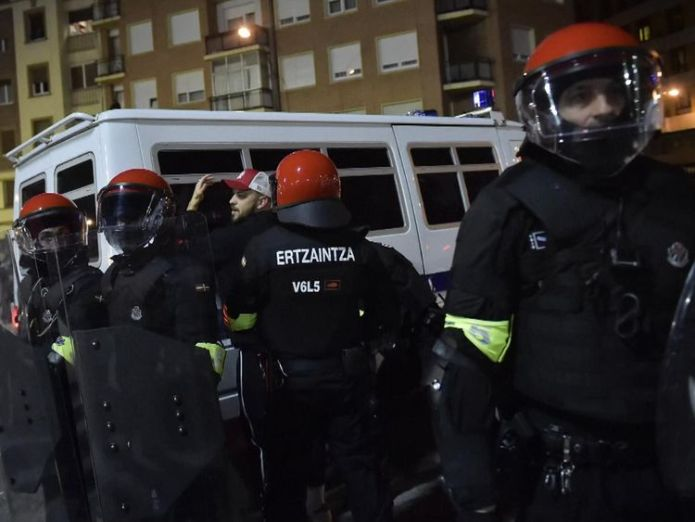 500 officers were drafted in before the game  Police officer dies as Europa League fans clash outside Bilbao stadium Police officer dies as Europa League fans clash outside Bilbao stadium skynews bilbao spain russia 4238423