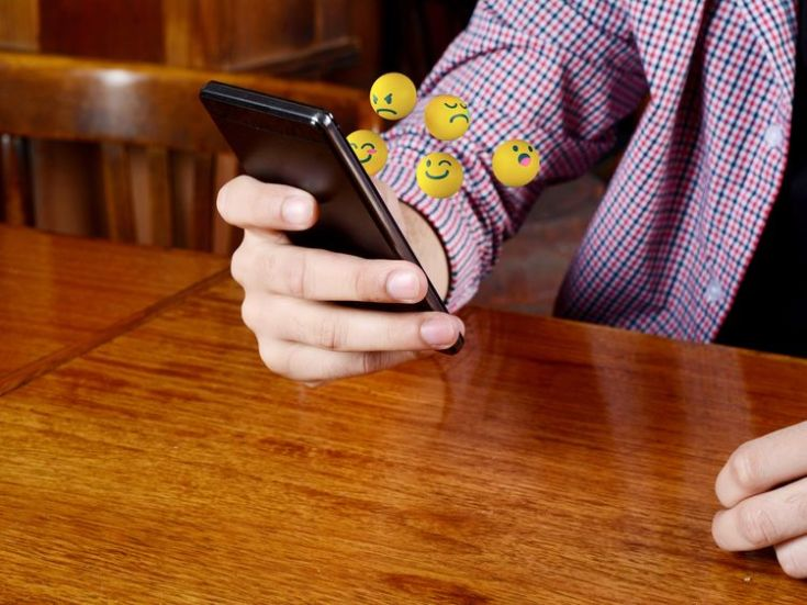 Young people are conversing more and more in emoji, not English