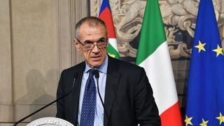 Carlo Cottarelli italy crisis and brexit pose economic risks, oecd warns Italy crisis and Brexit pose economic risks, OECD warns skynews carlo cottarelli new italy pm 4322740