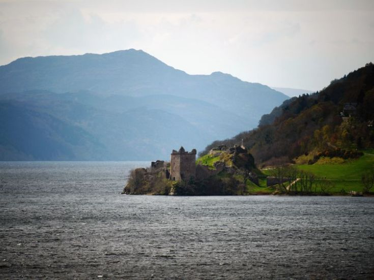 Urquhart Castle, Drumnadrochit, on the banks of Loch Ness