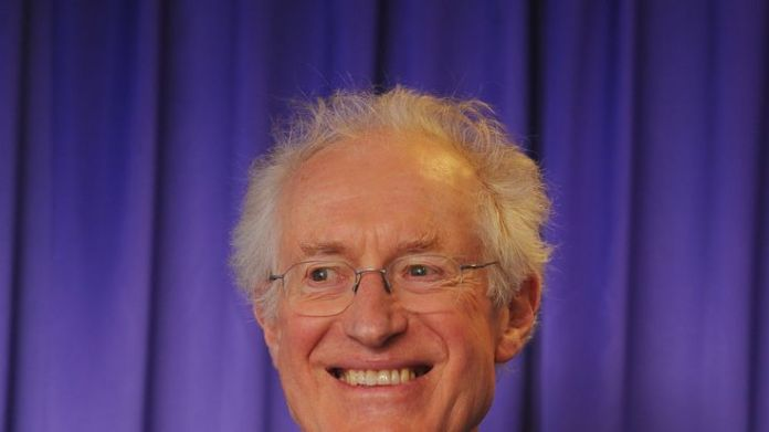 Television presenter and author Bamber Gascoigne receives a CBE Stars recognised in Queen's birthday honours list Stars recognised in Queen's birthday honours list skynews bamber gascoigne 4330354