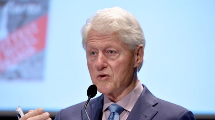 Bill Clinton speaks onstage during the Fifth Annual Town & Country Philanthropy Summit on May 9, 2018 in New York City.  Aretha Franklin's funeral: Stars who'll be there skynews bill clinton former us president 4328096