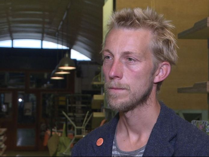 Ben Mackinnon, founder of E5 Bakehouse, says Network Rail is only selling for short-term gain Thousands of small businesses facing closure as Network Rail sells off arches Thousands of small businesses facing closure as Network Rail sells off arches skynews network rail e5 bakehouse 4325589