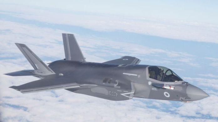 La primera entrega de aviones F35B de la Royal Air Force desde la Estación Aérea Beaufort de la Infantería de Marina en los EE. UU. Hacia su nueva base RAF Marnham