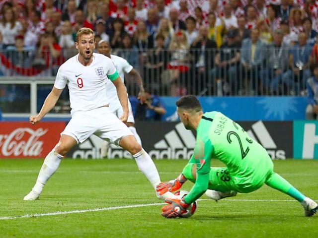 Harry Kane sees his shot saved against Croatia