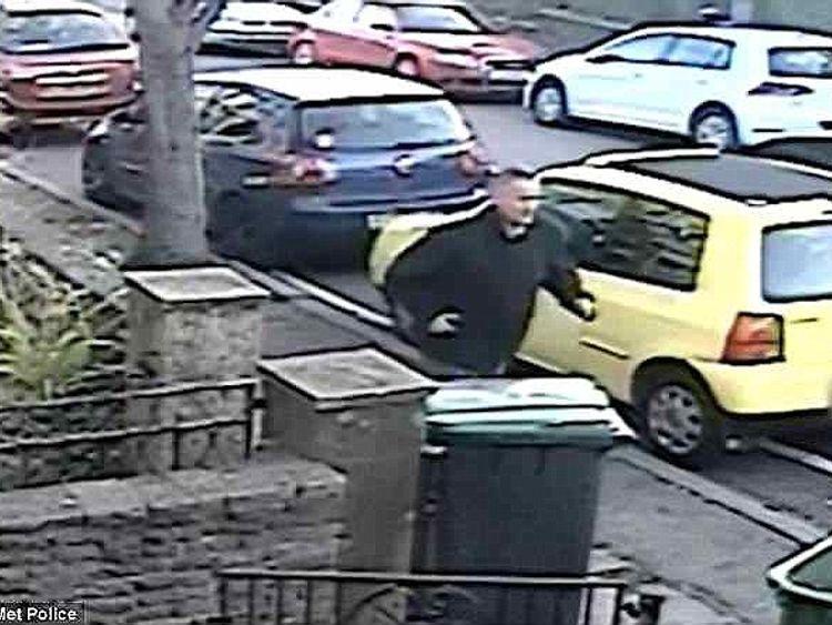 Des images de vidéosurveillance ont montré Kevin Bond s'enfuyant après avoir mené l'une de ses attaques