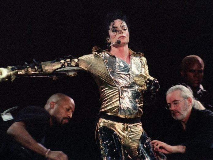 Michael Jackson's Thriller was the best-selling album ever before The Eagles trumped it  The Eagles beat Michael Jackson to take bestselling album ever in the US skynews michael jackson thriller 4396678