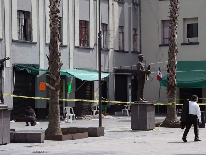 View of the Plaza Garibaldi square in downtown Mexico City on September 15, 2018 a day after gunmen dressed as mariachi musicians killed four people and wounded nine others. - The five assailants carried out the shootings shortly before 10pm on Friday (0300 GMT Saturday) in the busy Plaza Garibaldi -popular with foreign tourists. Neither the motive for the attack nor the identities of the gunmen were known, but the area is located near the Tepito neighbourhood, where a cartel considered the larg  Gunmen dressed as mariachi band shoot dead five people in Mexico City skynews mariachi mexico shoot 4422512