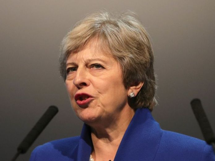 Theresa May  Government's 100,000 net migration cap 'not policy', Migration Advisory Committee chair says skynews theresa may prime minister 4418506