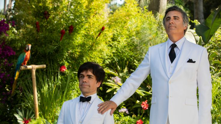 My Dinner with Herve explores the unlikely friendship between struggling journalist Danny Tate and French actor Herve Villechaize - Peter Dinklage on set as Herve. Pic: HBO