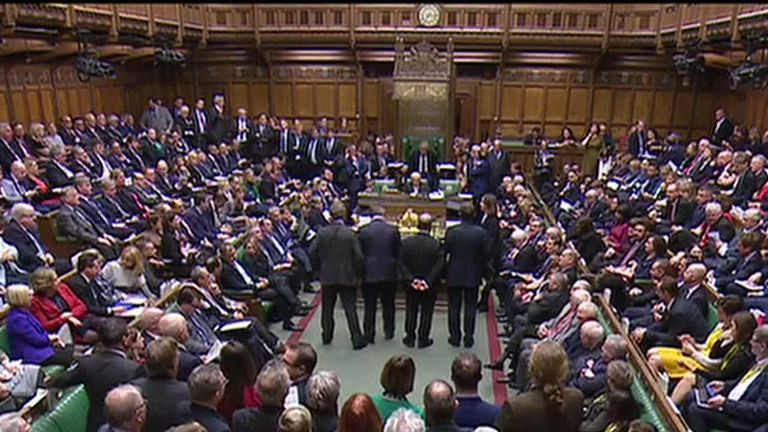 Ut_HKthATH4eww8X4xMDoxOjA4MTsiGN_4607271 How are Labour trying to block a no-deal Brexit?