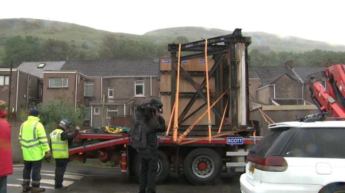 The mural was transported on the back of a lorry